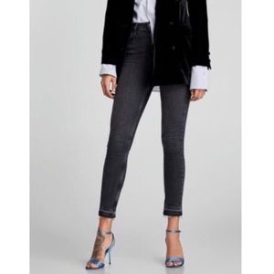 Zara Black Denim Raw Hem High Rise Skinny Jeans